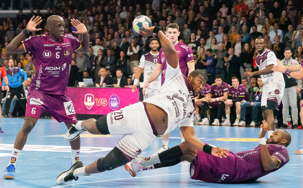 Jotham Mandiangu contre Nantes. Photo : Philippe Padioleau / Handfacts